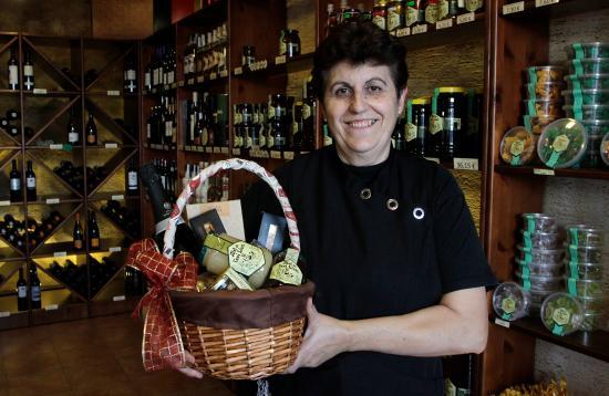 El Perello, Spain: Productos de calidad a tu alcance. Rebost de l'Avi Lluís