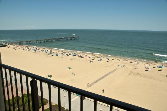 Surfside Oceanfront Inn & Suites : Ocean View