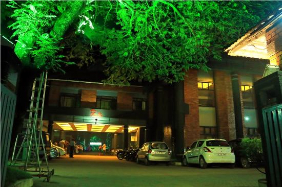 Changanacherry, India: Entrance Area