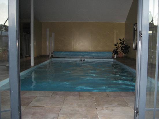 Waitapu Springs B&B : Cold indoor pool