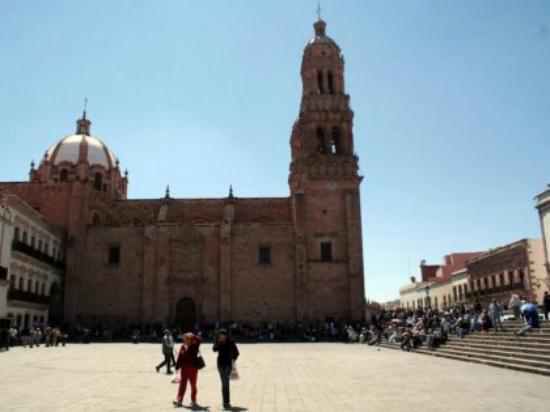 Plaza de Armas : plazade_Notas_Medium_large.jpg