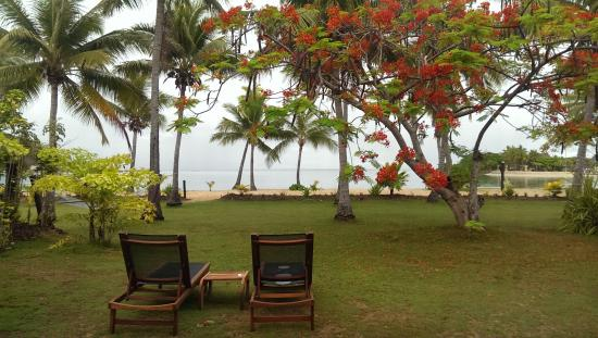 Musket Cove Island Resort: View from front door beachfront bure
