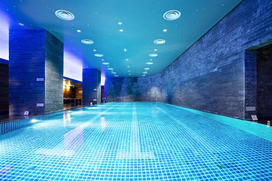Lotte Hotel Moscow: Swimming Pool