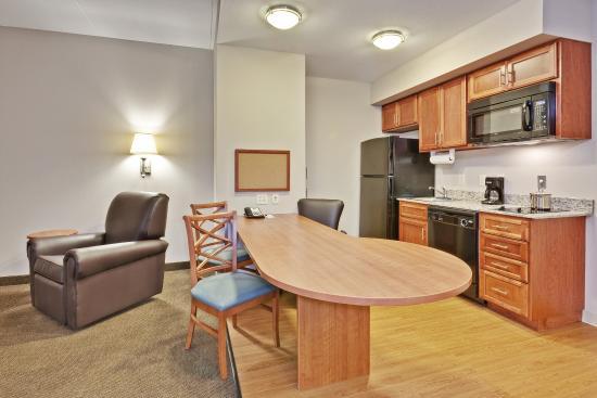 Murfreesboro, TN: Suite Feature