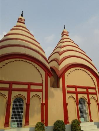 Dhakeshwari Mandir Photos, Check Out Dhakeshwari Mandir ...
