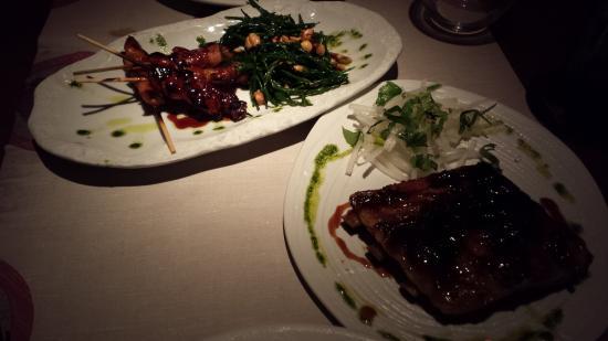 Sitthai Lounge & Restaurant: Yakitori-Spieße und Sweet-Ribs