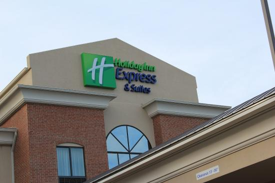 Holiday Inn Express Niles