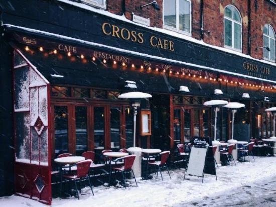 Cross Café & Restaurant : Vinter på Cross