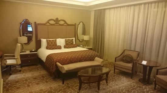 Lotte Hotel Moscow: A bed fit for Goldilocks and that Princess with pea problems