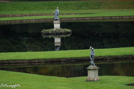 Fountains Abbey and Studley Royal Water Garden: Beautiful gardens well worth the walk to them