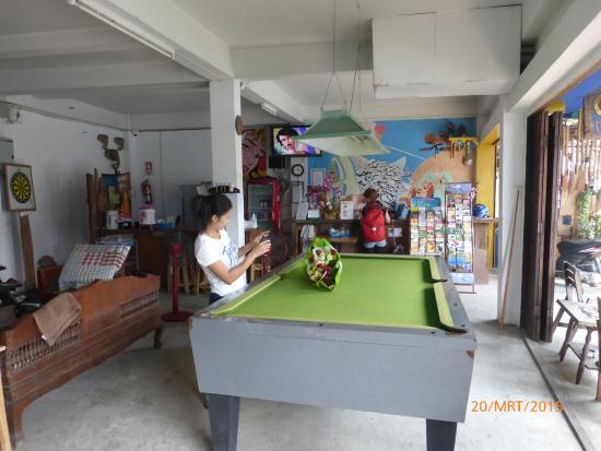 Cumpun Guest House: inside view
