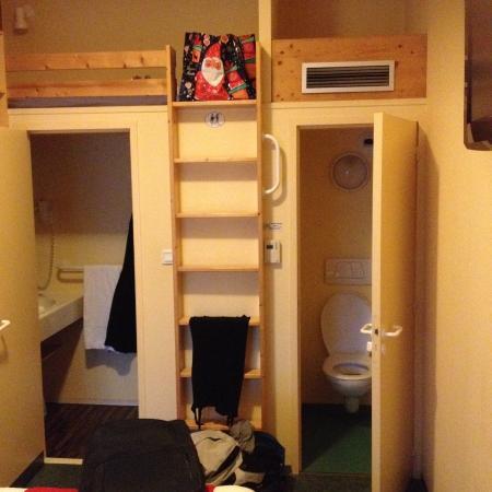 Fasthotel Relais Thones: Lit pratique en haut pour les petits comme pour les grands.