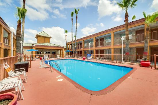 Quality Inn & Suites Eagle Pass