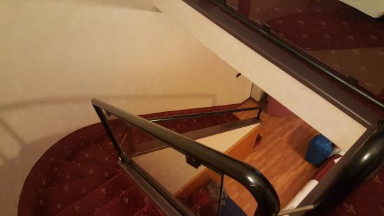 Amadeus Hotel : scale