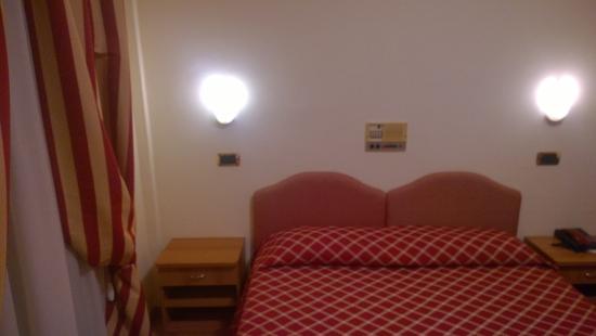 Hotel Villa Luca: Stanza