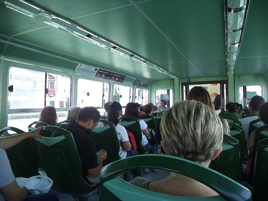 Veniceshuttle -  Tours : plenty room for everyone