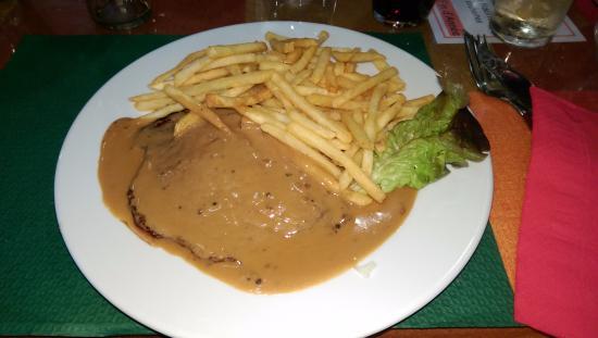 Hotel Porte de France: Le Steak XXL, avec la sauce au poivre