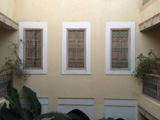 Riad Azoulay: atrium