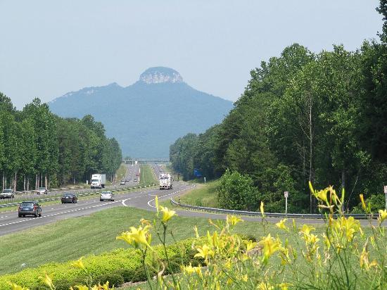 Pinnacle, Kuzey Carolina: Pilot Mountain State Park