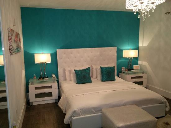 Ithaca of South Beach Hotel: IMG_20160104_233853_large.jpg