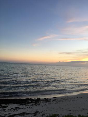 Cabana Breezes: photo0.jpg
