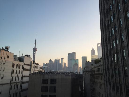 Waldorf Astoria Shanghai on the Bund: A bit of Pudong view from Deluxe Room