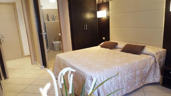 伊莫茲歐尼羅馬旅館
