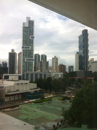 El Panama Hotel: Vista da janela do quarto que me hospedei.