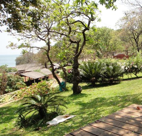 Stonewater Eco Resort: View from Portico