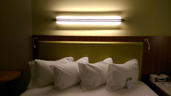 SpringHill Suites by Marriott Macon: bed