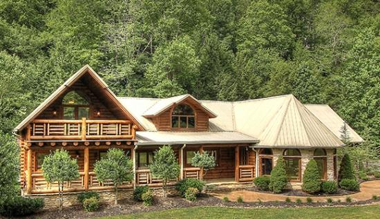 Creekside lodge picture of cedar falls cabin rentals for Creekside cabins in pigeon forge tn