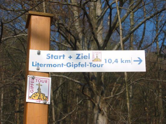 Nalbach - Litermont Gipfeltour - goede bewegwijzering
