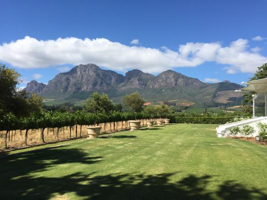 Vrede en Lust Estate : View from The Manor House garden