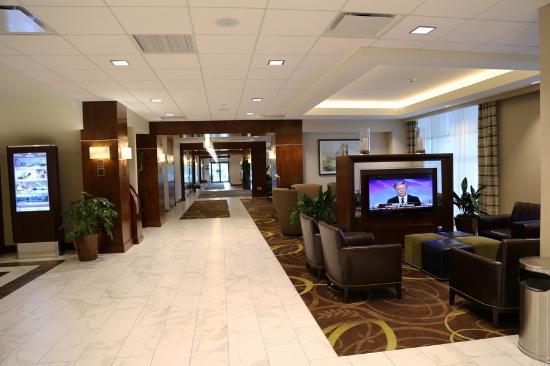 Sheraton Pittsburgh Airport Hotel Lobby