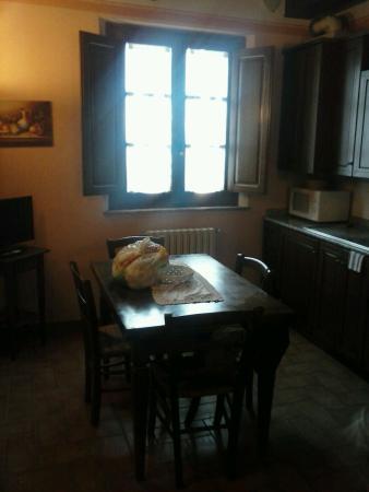 Acquaviva di Montepulciano, Ιταλία: ingresso cucina con ancolo cottura