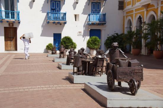 Claudia Vidal - Private Tour Guide: Old City