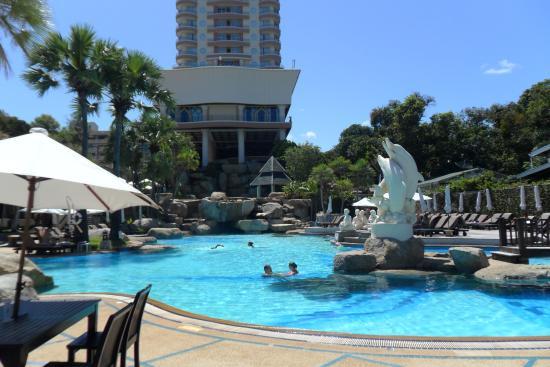 Long Beach Garden Hotel Spa это наш отель бассейн и море в двух шагах