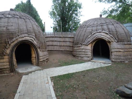 Winterton Museum: Zulu beehive huts