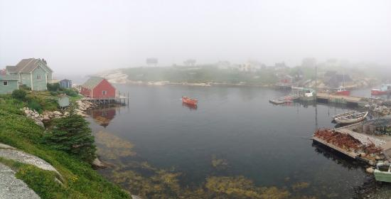 ‪‪Peggy's Cove‬, كندا: Peggy's Cove in the fog‬