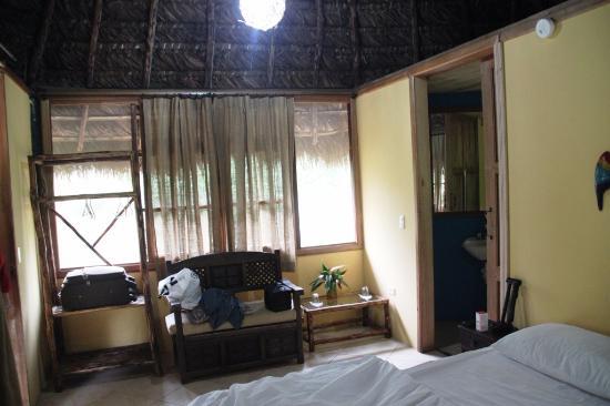 Cotundo, Ekuador: EL espacio dentro de la habitacion