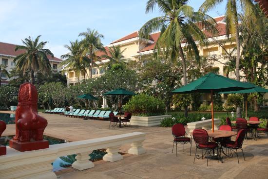 Raffles Grand Hotel d'Angkor: Pas beau?
