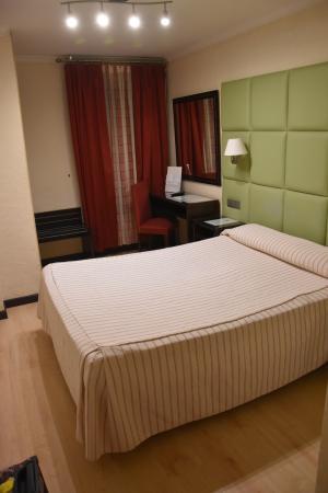 Hotel Presidente: Bedroom