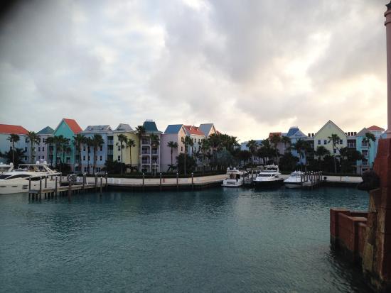 Atlantis - Harborside Resort: harborside from Atlantis