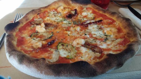 Pallanza, Italia: Tacabutun Gourmet