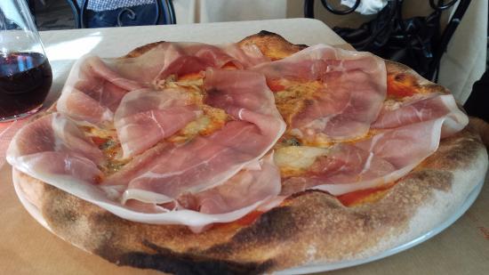 Pallanza, อิตาลี: Tirol Gourmet