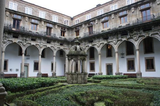 Habitación 6. - Picture of Parador Hostal Dos Reis Catolicos, Santiago de Com...
