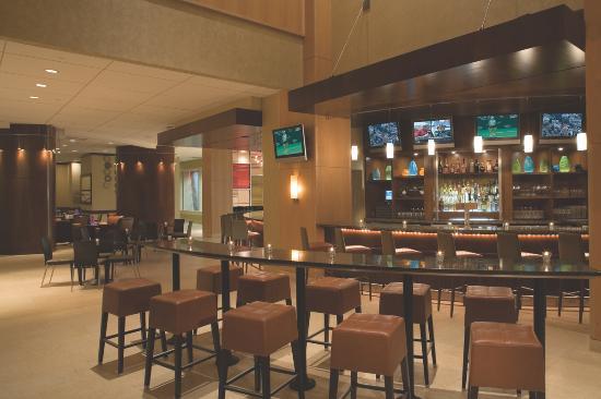 มอร์ริสทาวน์, นิวเจอร์ซีย์: Qube Lounge