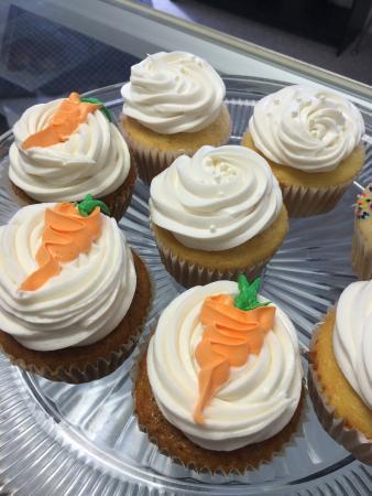 Alma, เนบราสก้า: Gourmet Cupcakes