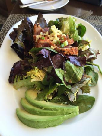 Raya at The Ritz-Carlton : Entree salad