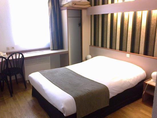 Hotel Eclipse : Chambre au look sympa